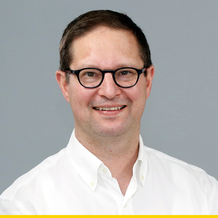 Zahnarzt Dr. Andreas Sebus - Medi+ Zahnärztliche Praxisklinik